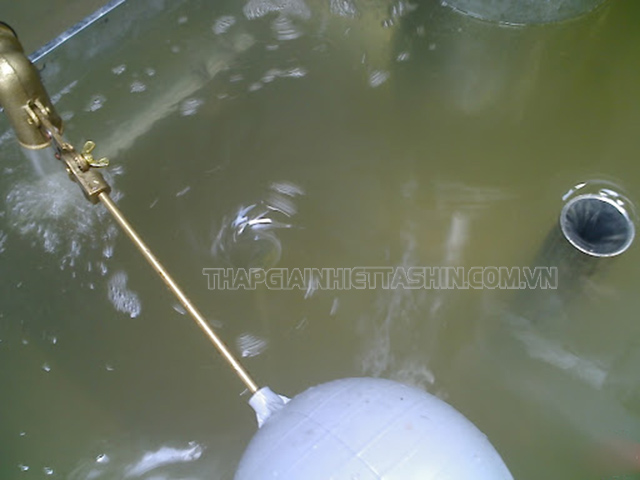 Nước không đạt tiêu chuẩn khiến máy hay bị ngừng đột xuất
