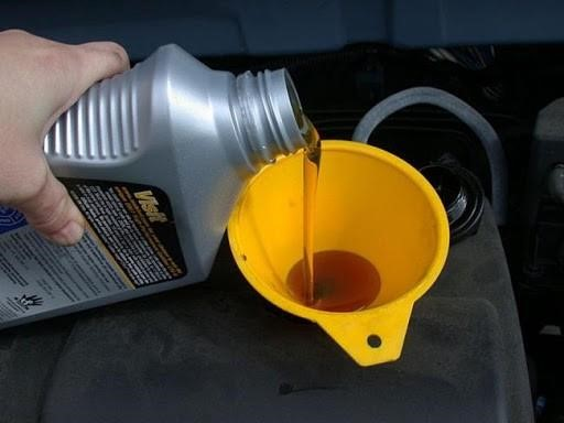thay dầu máy rửa xe Eurotech thường xuyên